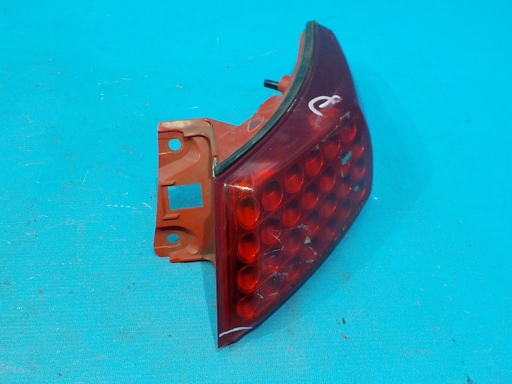 26550CG00A Фонарь задний правый наружный Infiniti FX (S50) 2003-2008