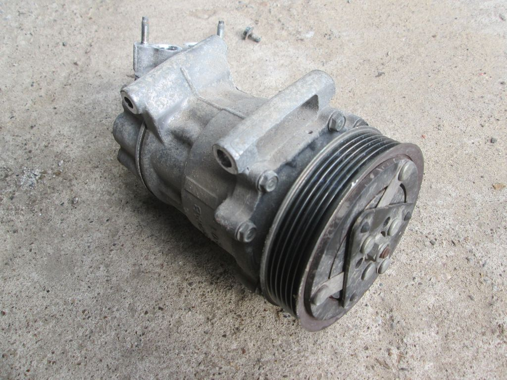 6453LF Компрессор кондиционера Peugeot 307 2001-2007 PEUGEOT